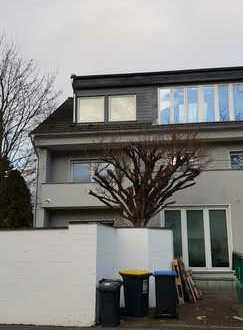 Exclusive Penthous Wohnung in TOP Lage von Köln - Lövenich !!!!