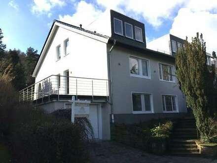 In Bestlage von Bielefeld: Repräsentatives Wohnhaus mit traumhaftem Garten