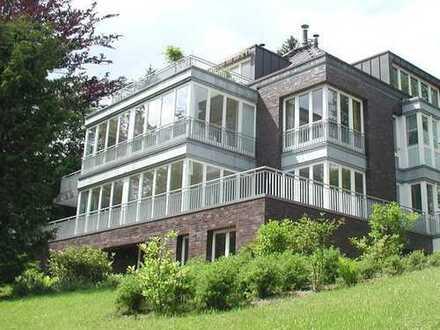 Wohnen auf sensationelle 128 m² Wohnfläche mit Dachterrasse in Volksdorf!! Barrierefreier Zugang!!