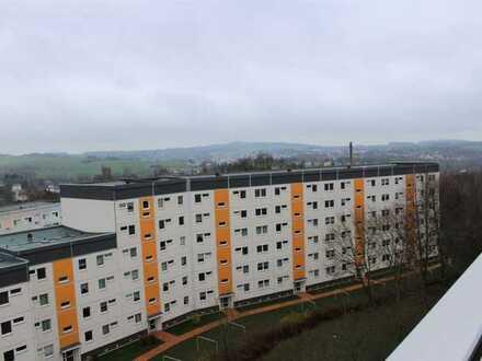 Viel Raum für viel Leben - Sanierte 5-Raum-Wohnung mit Balkon ab August 2020 zu vermieten