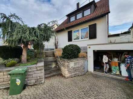 Ruhiges Einfamilienhaus mit Garten