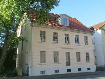 ++++3-Zimmer-EG-Wohnung (Hochparterre) in zentraler Lage von Detmold ++++