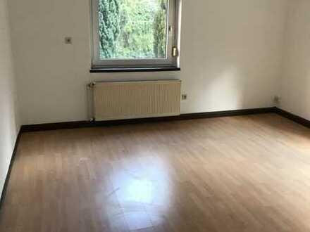 Gepflegte 2-Zimmer-Wohnung im Zentrum vom Stromberg