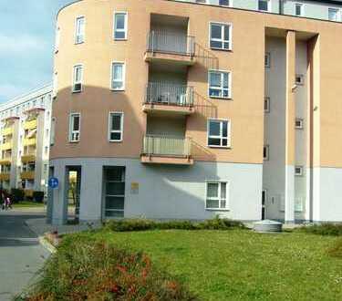 **2-Raum Wohnung mit Balkon, Lift und Tiefgaragenstellplatz zu vermieten**