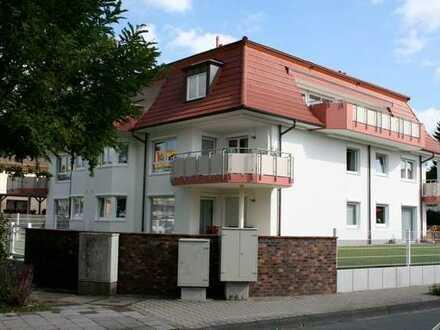 Komfortable großzügige 4-Zimmer-Maisonette-Wohnung mit Dachterrassen