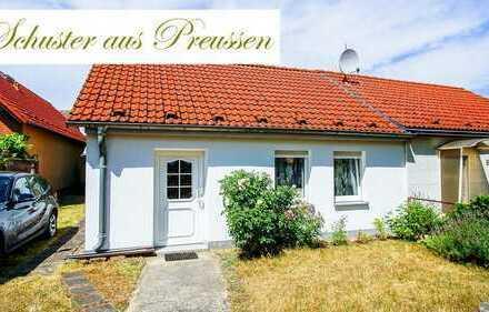 Schuster aus Preussen - malerische Ostprignitz - kleines Wohn / Ferienhaus auf großem, langem Gru...