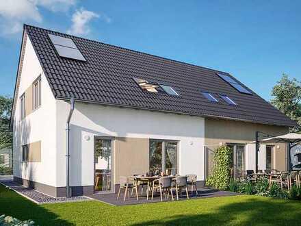 Viel Platz drinnen und draußen - Doppelhaushälfte mit Grundstück