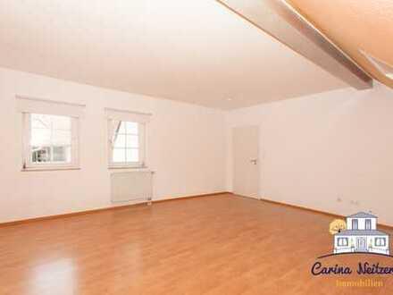 Ideal für Paare oder junge Familien: Maisonette-Wohnung über 2 Etagen mit eigenem Eingang.