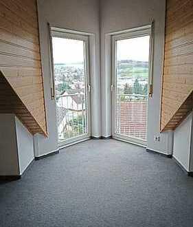 Ruhige, gepflegte 2-Zimmer-DG-Wohnung mit Balkon in Michelstadt