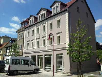 Gemütliche DG-Wohnung, 3 Zimmer/ Küche/Bad, ruhige Lage, ca.71 m², Garten, Stellplatz im Hof
