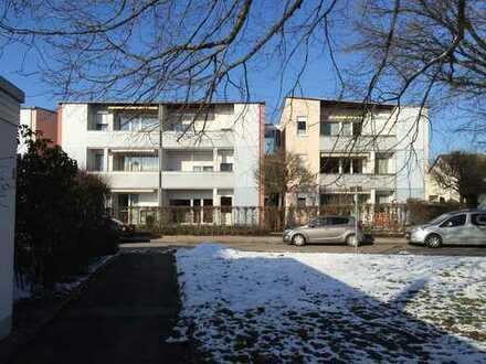 Betreutes Wohnen in Aichach, 3ZKB, Garten, Provisionsfrei !!!! Für 60+ oder behinderte
