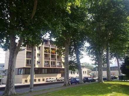 Top renovierte 2 Zimmer Wohnung in Stuttgart Wangen