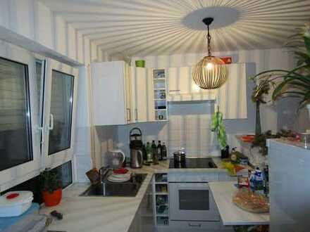 KA Hagsfeld: Stadt/KIT-nah: 2- Zimmer Wohnung mit kleinem Garten und Terrasse