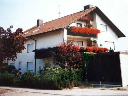 Freundliches Mehrfamilienhaus mit 14 Zimmern in Karlsbad