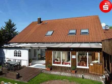 Lukrative Immobilie in sonniger & ruhiger Lage (2 Hauptwohnungen, 6 App-Wohnungen), Grd. 1.585m²,