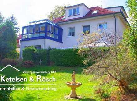 -- Herrschaftliche (Villen)-Eigentumswohnung in malerischer Seelage mit Seeblick --