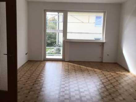 Helle 3-Zimmer-Wohnung mit Balkon und Einbauküche in Fürstenfeldbruck