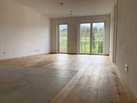 Erstbezug : schöne 2-Zimmer-Wohnung mit Blick auf den Mariaberg