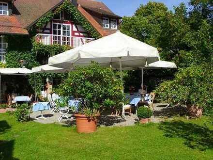 Einmalig schöner und liebevoll restaurierter Gutshof, Restaurant, Hotel mit weiterem Ausbaupotential