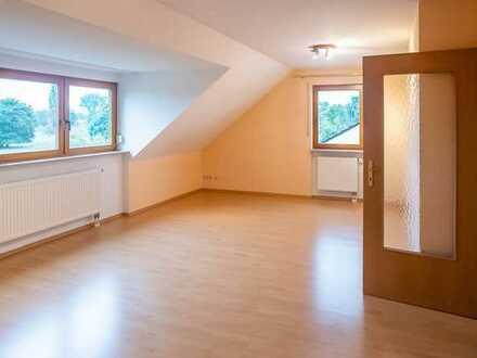 Komfortable 2-Zi.-DG.-Whg. + hochwertige Einbauküche + TG -Stellplatz in Nbg.-Altenfurt