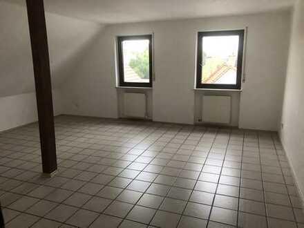Große Wohnung im Herzen von Leiselheim