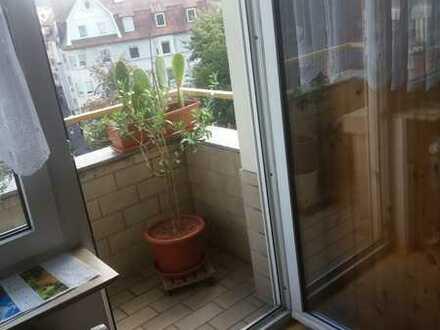 Schöne 2,5-Raum-Wohnung mit EBK und Balkon in Pforzheim