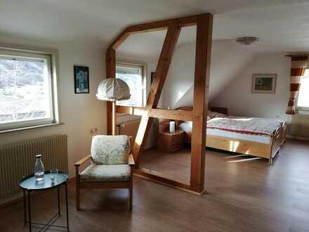 Sonnige möblierte 2,5-Zimmer DG-Wohnung in Albstadt-Ebingen