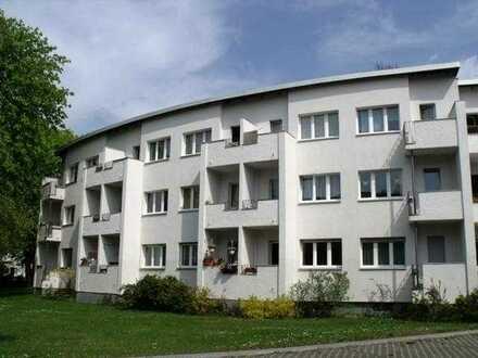 Großzügige 1-Zimmer-Wohnung mit Balkon und Einbauküche, Lichterfelde, Steglitz