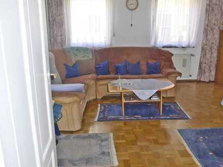 6069 - Gut geschnittene Erdgeschosswohnung mit Außensitzmöglichkeit in Bulach!