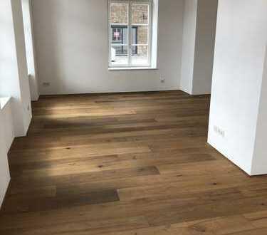 Schönes, geräumiges Haus mit 2 Schlafzimmer in Köln, Meschenich