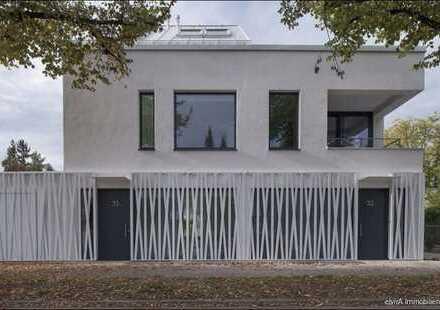 elvirA! Großhadern - Traumhaftes Haus im Haus mit 3,5 Zimmern und sonniger Dachterrasse