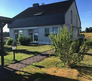 Wohnung im freistehenden Mehrfamilienhaus mit Garten am Grimnitzsee