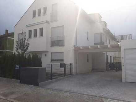 Schickes Stadthaus mit Südwestgarten, provisionsfrei vom Vermieter