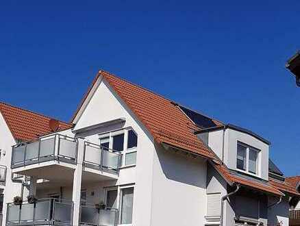 Moderne 4-Raum-Dachgeschosswohnung mit Balkon und Einbauküche in Heilbronn-Horkheim