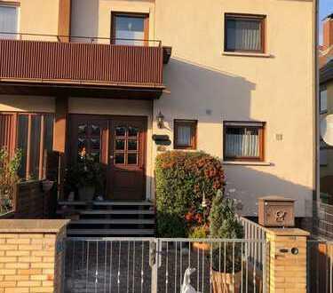 Doppelhaushälfte mit Garten für Familie **einziehen und wohlfühlen**