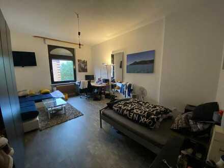 28qm-Zimmer-Aschaffenburg-gegenüber der Hochschule(TH)