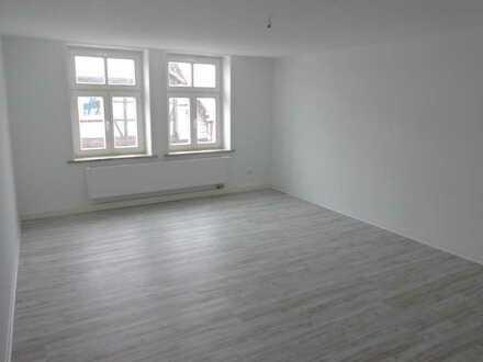 Helle, großzügige 2 Zimmer Wohnung in Toplage von Northeim