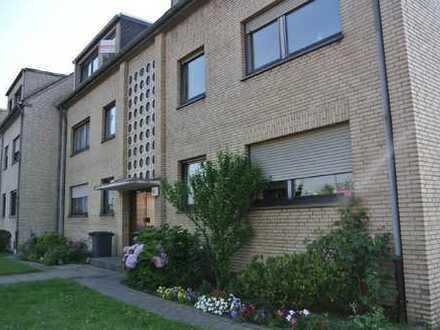 Geräumige 3,5-Zimmer-Dachgeschosswohnung in Duisburg Rumeln-Kaldenhausen