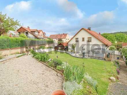 Viel Platz für große Familien: EFH mit weitläufigem Garten unweit des Brombachsees