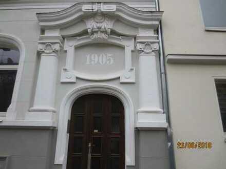 Mitten in Hannover - eine große Wohnung für ihre Familie!!!
