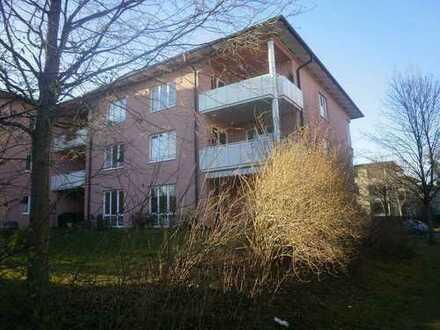 Schöne vier Zimmer Wohnung mit großem Balkon, Dachgeschoß in Obermenzing