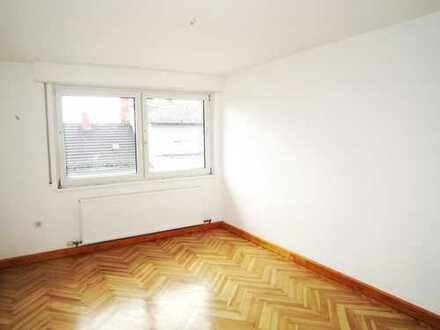 Neu sanierte 2-Zimmer Wohnung in zentraler Lage