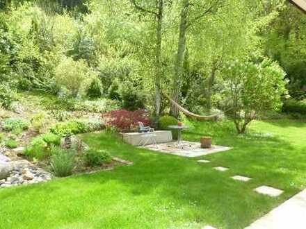 Die Familienwohnung mit traumhaftem Garten und tollem Weitblick