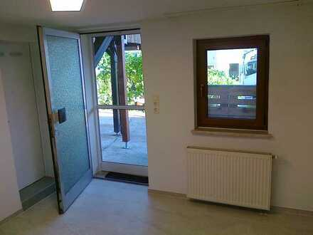 Vollständig renovierte 2-Zimmer-Einliegerwohnung mit EBK in Öhringen