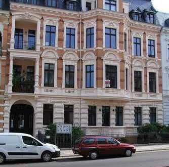 Exklusive 4,5 -Raumwohnung in einer der schönsten Straßen von Görlitz mit 2 Balkonen