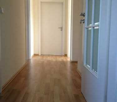 Freundliche 3-Zimmer-Wohnung mit Südbalkon