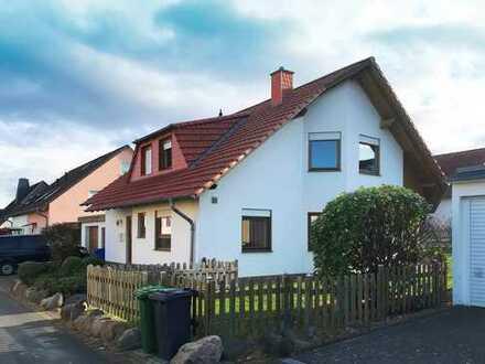 Einfamilienhaus mit Garage in Obernjesa