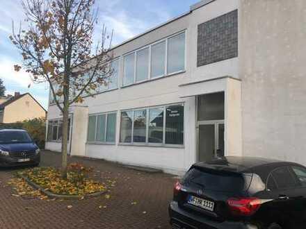 210 bis 1600 m² Hallenfläche mit 120 m² Büro in zentraler Lage von Wolfenbüttel