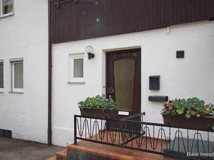 Großzügige 2-Zimmer-Wohnung mit Süd-Terrasse und Stellplatz - in Waltenhofen-Hegge