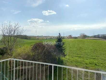 Sofort Einziehen und die Aussicht genießen – DG-Wohnung in Angelbachtal-Michelfeld!